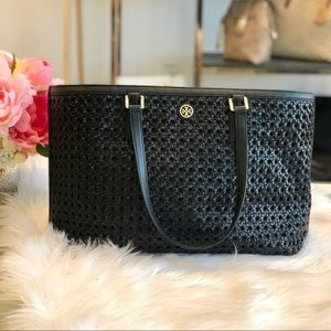 Tory Burch Woven Robinson Tote in Black
